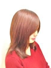 クセ毛をツルッと収まり良く手入れが簡単なヘアに(^-^) カラーは秋色おすすめのカッパーブラウン!! hair design girl所属・芹澤隆信のスタイル