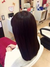 チョコレートな髪色 シックで大人な印象に( ´∀`) 髪のツヤ!すごく綺麗です!( ^ω^ ) Perm pam所属・髙野麻衣子のスタイル