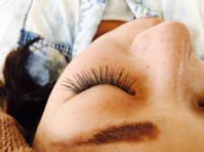 セーブル  ★ 太さ0.15ミリ  ★長さ11〜13ミリ ★100本  Raruga 〜Hair beauty studio〜所属・阿野信乃のフォト
