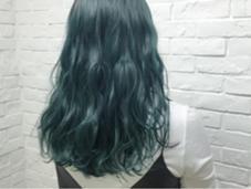 モスグリーン デザインカラーお任せ下さい♪ Hairsalon F所属・hamaishioriのスタイル