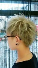 HAIR Design  re-i所属・上野高広のスタイル