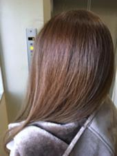 光カラー×ヘアビューロンストレートの輝かしい艶ツヤつや。。 CRECE 川崎店所属・星野夏輝のスタイル