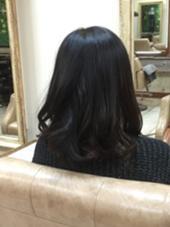 練習モデルさん。ミディアム前下がりボブ  仕上げに32mmのアイロンで巻きました✳︎ hair+makeBANYAN所属・小野純奈のスタイル