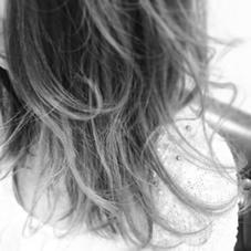 小さな外羽根をたくさん!可愛いいくアクティブスタイリング! prize錦糸町所属・柴田賢のスタイル