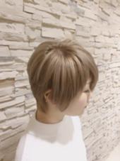 ブリーチオンカラー silver beige✨✨ ハイトーンで人気の色です Ash 大森店所属・長谷川希望のスタイル