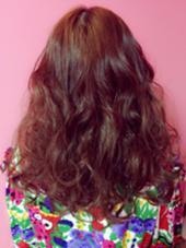 イメチェンカラー  暖色系の赤ピンク LiNA Beauty Garden所属・加藤美果のスタイル