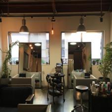 落ち着いた雰囲気の大人向きな美容院 xerographica所属・オオタキユウセイのスタイル