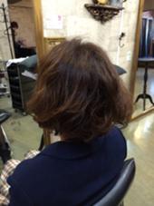 ショートのデジタルパーマ CHERIE hairdesign所属・ヨシダタイシのスタイル