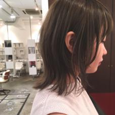 市川絵美子のミディアムのヘアスタイル