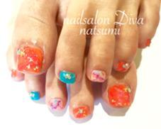 夏カラーフットネイル nail salon Diva甲子園口店所属・毛利菜摘のフォト