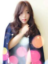 グロッシーカール☆ふわふわカールヘア Trico by FACE。所属・新倉友里江のスタイル