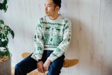 http://www.fashionsnap.com/inside/green-sweater/ カット担当した男性の友人が、キリンビールの企画の撮影で、スナップサイト最大手のfashionsnap.comに掲載されました。 EIGHT渋谷本店所属・長畠俊輔のスタイル