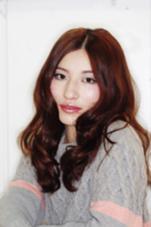 カラーリングで明るく、パーマで柔らかな印象になります! Pittura所属・MIKAMIYASUHIROのスタイル