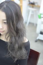 透明感をMaxひきだした、暗髪 寒色系グレージュカラー★ GOSSO新町所属・湯浅翔剛のスタイル