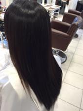 アクアモイストストレート ブリーチ毛でもこんなに綺麗に仕上がりました! Dear Hair Make所属・小川裕太のスタイル