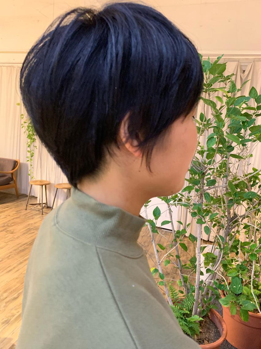 #ショート #カラー Blue color 色落ちも楽しめます☺️🙌   スッキリショートカット★