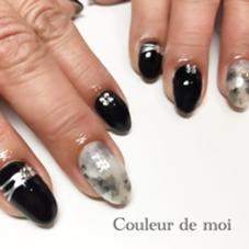 ブラックカラーでカッコよく Nailsalon & school Couleur de   moi(クルールドゥモア)所属・西田裕美子のフォト