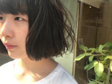 赤み除去オリジナルブレンドカラーで作るカーキアッシュ^ ^ハイライトあり✨ em  hair所属・オカモトミズキのスタイル