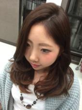 Pink Ahs♡ インナーにピンクのハイライトをいれました೨̣̥*♪ ヘアメイクウィル 西宮店所属・相原愛梨のスタイル