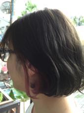 元々明るい髪色の方はブリーチ無しでも出来ます*  ポイントブリーチの場合は¥3000〜をプラスで頂いております* rian所属・よしだふみのスタイル