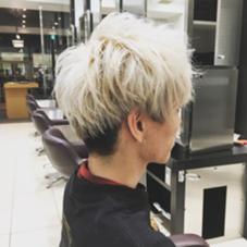 金髪、メンズ、束感、エアリー感、東京風、ツーブロック、刈り上げ レイフィールド栄所属・長谷川勇人のスタイル