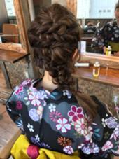 浴衣のヘアアレンジです^ ^ 普段の営業ではヘアアレンジもしてますよ♪  La fith  hair vail所属・古藤綾香のスタイル