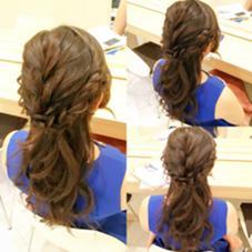 *:.。.:*゜~編み込みハーフアップ~゜*:.。.:*  ゆるふわ感のあるハーフアップstyleです✨ 飾りなしでもオッケーです✨ Hair design Aeolus所属・親泊功平のスタイル