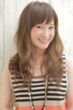 16848→7180円 カット+カラー+トリートメント あまり巻きすぎない『ゆるふわ』なイメージのスタイル!前髪を作り女性らしさをうんと出しています! hair&make    Lee所属・中村直のスタイル