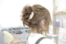 結婚式やお呼ばれの時はヘアセットやアレンジでいつもと違う自分で行かれてみてはいかがでしょう〜♪ HAIR  SILVA所属・安藤惇也のスタイル