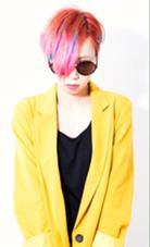 海外でトレンディーな3Dグラデーションを全体にON!骨格補正カットを施しコンパクトで小顔の前下がりグラデーションボブに☆お好みのカラーの配置や種類にオーダーメイドも◎ボサボサスタイリングでも決まってくれるグランジスタイル♪派手髪好きな方は是非♪ HAYATO TOKYO 原宿所属・☆ 店長MASA☆のスタイル