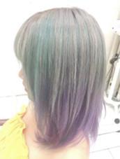 カラー セミロング ミディアム ロング グレーハイトーンカラー、水色からバイオレットのグラデーションカラー