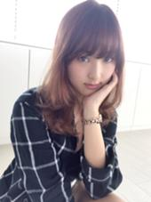 ふんわりニュアンスパーマのセミロングスタイルです☆ La  Bonheur hair reve所属・コモリケンタロウのスタイル