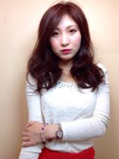ラフな動きのロングレイヤースタイルです。かっこいい女性をイメージしています。 リジェール黒川店所属・野村勇斗のスタイル