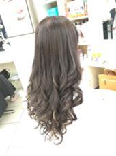 グレージュカラー +ハイライト・ローライト hair TRUTH(トゥルース)所属・山本かほのスタイル