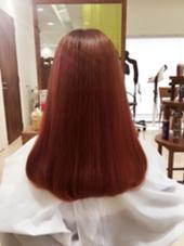 #ベリーピンク ハピネスクローバー学園前店所属・小松菜緒里のスタイル