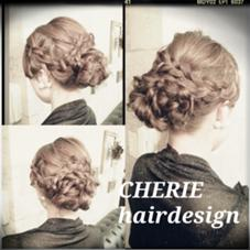 編み込みや三つ編みを取り入れたセットスタイルです。 CHERIE hair design所属・NMAYAのフォト