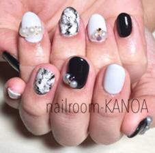 モノトーンネイル nailroom-KANOAのフォト