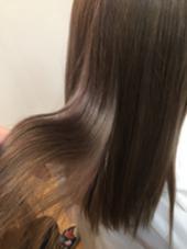 ブリーチオンカラー!キラ水でツヤサラ✴︎ HAIR&MAKE   POSH所属・湯山詩織のスタイル