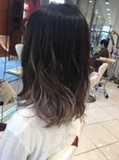 アッシュグラデーションカラー(*^^*) 松尾慶太郎のミディアムのヘアスタイル