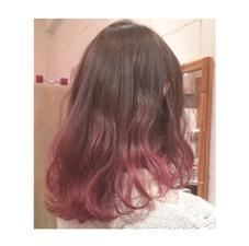 春らしくピンクのグラデーション♡ブリーチしてあるので綺麗に色が入ります✳︎✳︎ MARCIE所属・石崎美優のスタイル