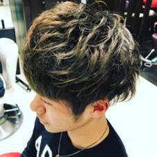 メンズグラデーションカラー HAIR&MAKE EARTH所属・奥谷こおきのスタイル