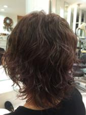自分のカラーもしてみました! 仙台杜の美容室所属・石岡麻里のスタイル