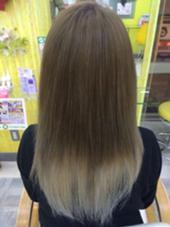 インナーカラー♪ ベースも透明感のあるブルー系カラー♪ 美容室マオ所属・小川恵里家のスタイル