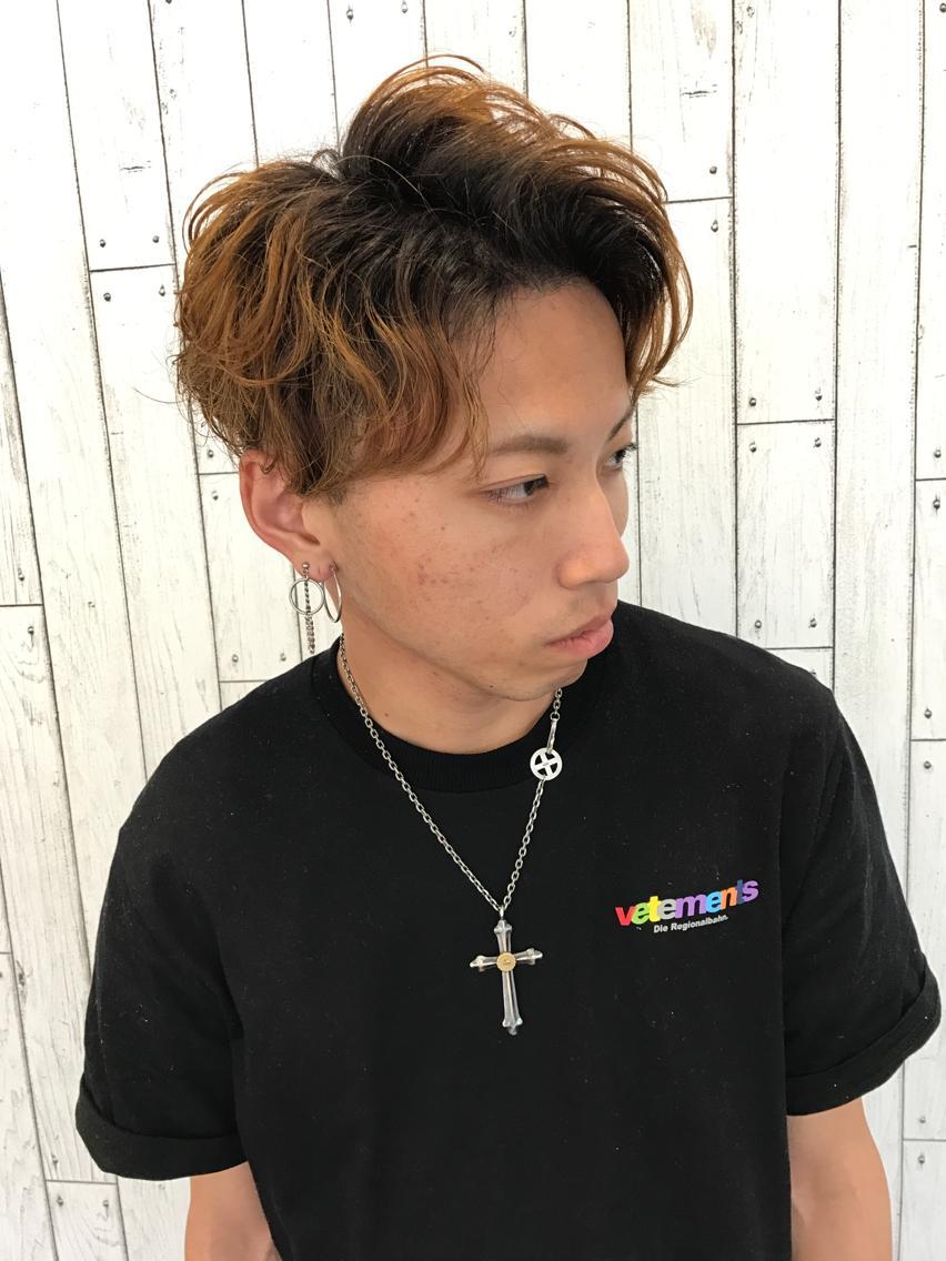 三代目 JSB 登坂 広臣 センターパート スパイラルパーマ☆ マッシュベースにゆるいパーマでスタイリング楽ちん◎