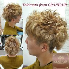 外国人風パーマ 瀧本周平のメンズヘアスタイル・髪型