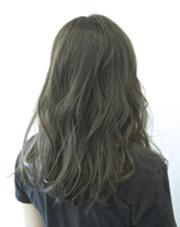 カーキグレージュで暗髪に☺︎ REGALO hair atelier所属・小野瀬裕也のスタイル