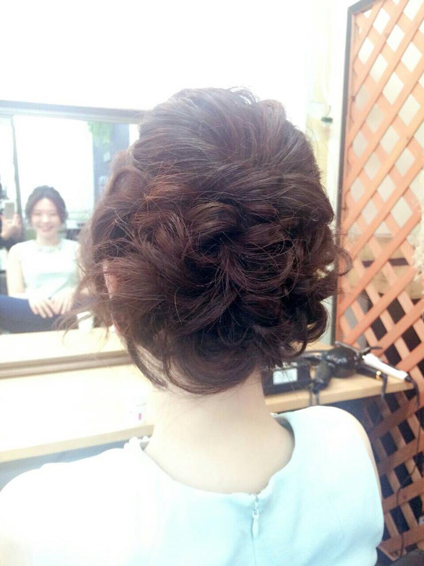 #ヘアアレンジ ご結婚式に出席のお客様♡評判良かったそうで、良かった〜〜^ - ^♡