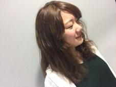 beige  color  くせっ毛をいかして仕上げしました! prize iris池袋東口店所属・uchiyamaharukaのスタイル