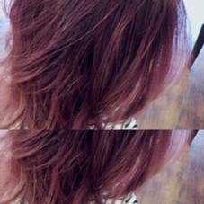 ピンクベージュでグラデーションカラー ハイトーンカラーで透明感٩(*´꒳`*)۶ スローガーデン荒江店所属・林裕香梨のスタイル