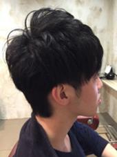 後ろや耳周りをスッキリさせてトップのほうにパーマをプラスして動きを出しました♪( ´▽`) Hair resort Ai 上野店所属・富樫光のスタイル